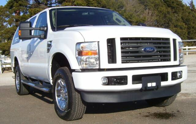 Mexican 20pride in addition Watch together with 2snt1 Fuse Location Panel 2004 Ford Expedition in addition Ford together with 2007 Ford Expedition. on ford excursion dvd